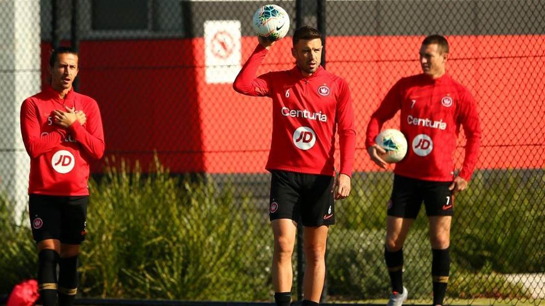Wanderers, Socceroos defender set for Greece move