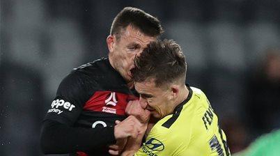 Muller blow overshadows Wanderers revival