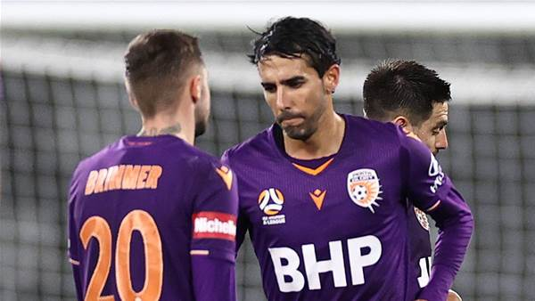 Spaniard Juande set to leave Perth Glory
