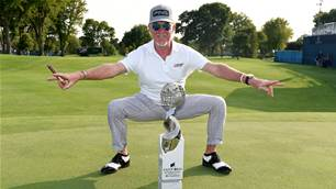 Jimenez goes wire-to-wire on Champions Tour
