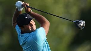 Reed leads torrid U.S Open