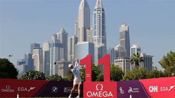 Minjee Lee in the hunt for Dubai title