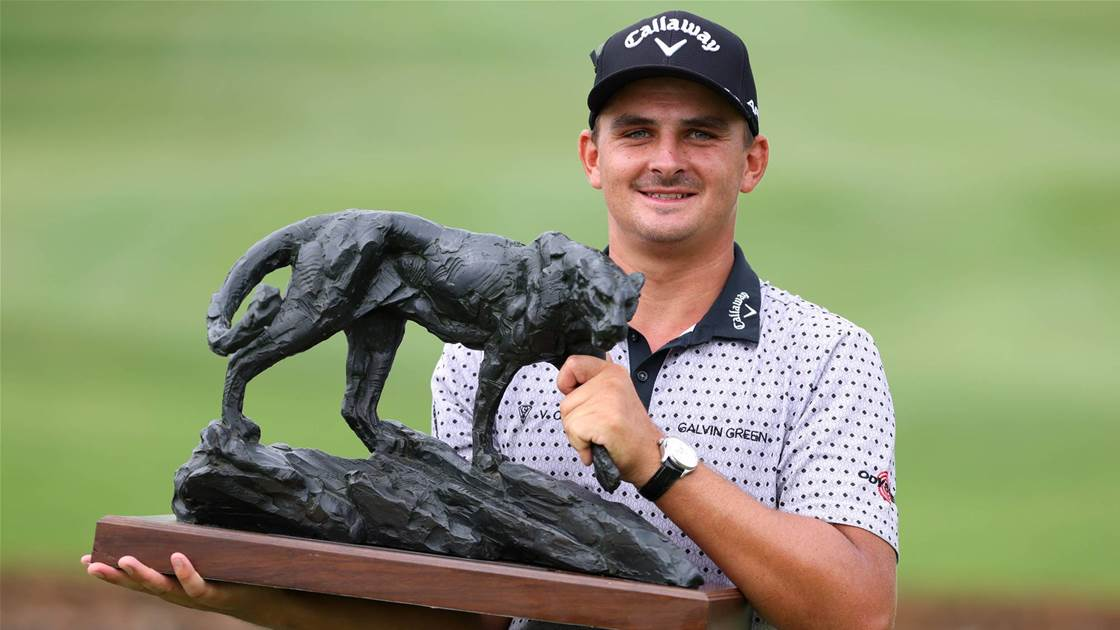 Bezuidenhout holds nerve to win Dunhill