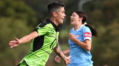 Heyman helps Canberra to top spot
