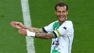 'Are we too predictable?' - United keen to get best out of Diamanti