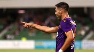 Roar, Glory play out A-League thriller