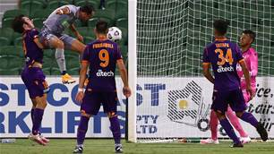Mariners stand firm to beat Glory