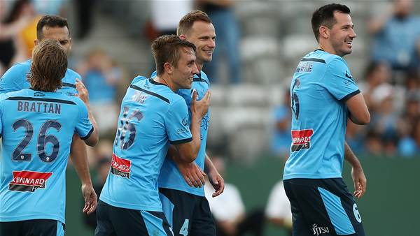 'It was a terrible header!' - Rare Wilko goal gives Sydney win