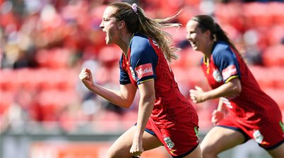 Adelaide stay in finals hunt