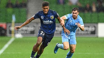 A-League's Mariners sign up defender: 'I couldn't believe how many academy products'