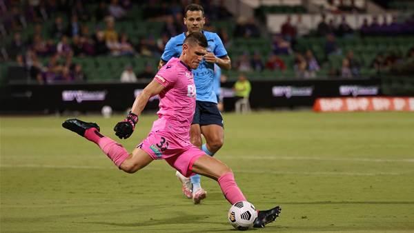 Reddy the hero as Glory draw with Sydney