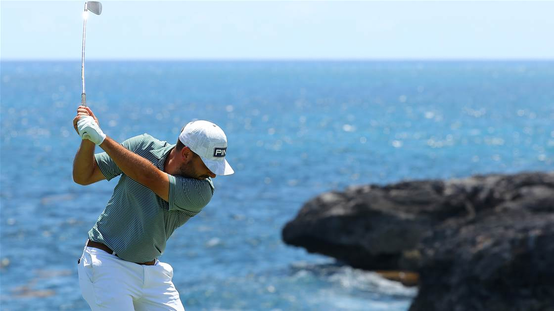 Ace helps Jaeger lead on the PGA Tour