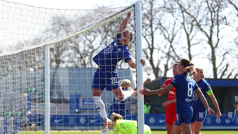 'Confidence and intelligence...' - Another Sam Kerr hat-trick fires Chelsea