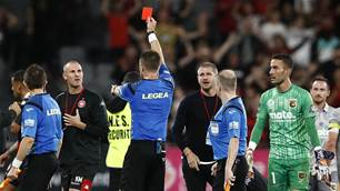 'I'm embarrassed...' - Wanderers' Robinson unhappy with VAR