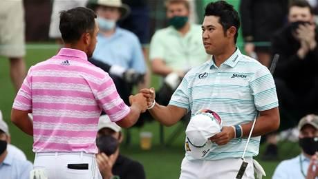 Matsuyama blitz seizes Masters lead