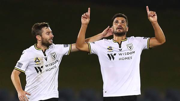 Socceroos, Spaniards and Frenchmen storming Macarthur into A-League finals