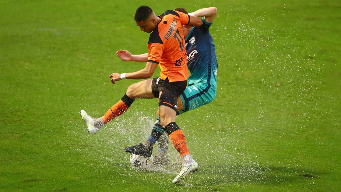 'The pitch was terrible...' - Talay fury as Roar, Phoenix draw