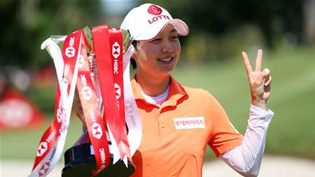 Hyo Joo Kim wins thriller over Green at Sentosa