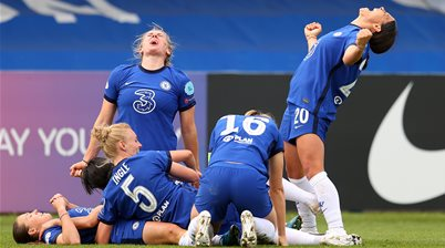 'It's what I'm paid to do' - Sam Kerr brace puts Chelsea on title brink