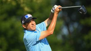 Andrade & Ames share first-round lead at U.S Senior Open