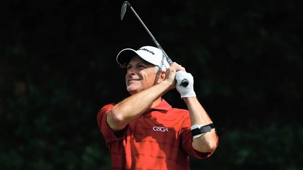 US Senior Amateur: Co-medallists win first-round matches