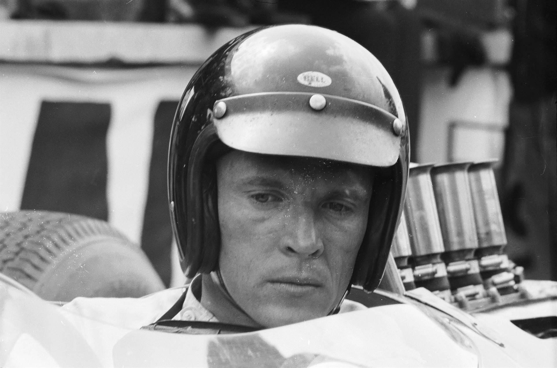 American legend Dan Gurney dies
