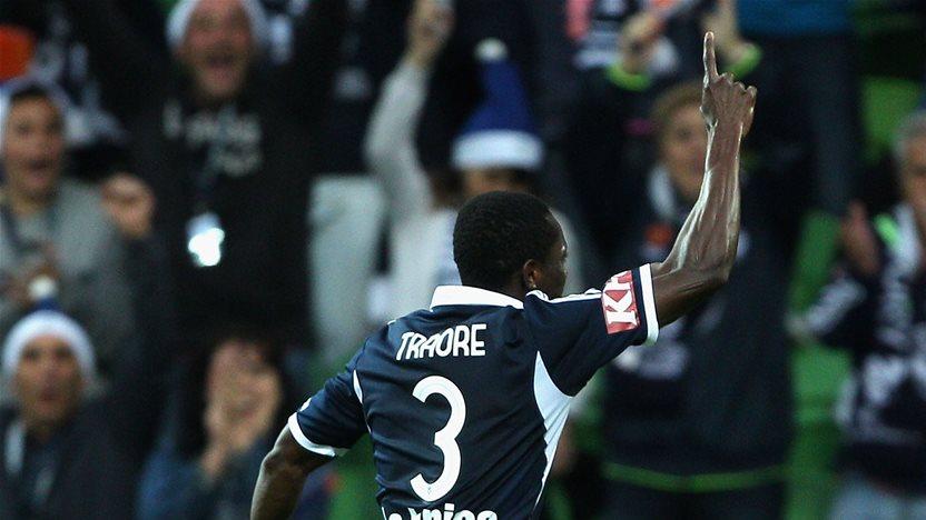 Western Sydney sign 'fantastic' Victory A-League defender
