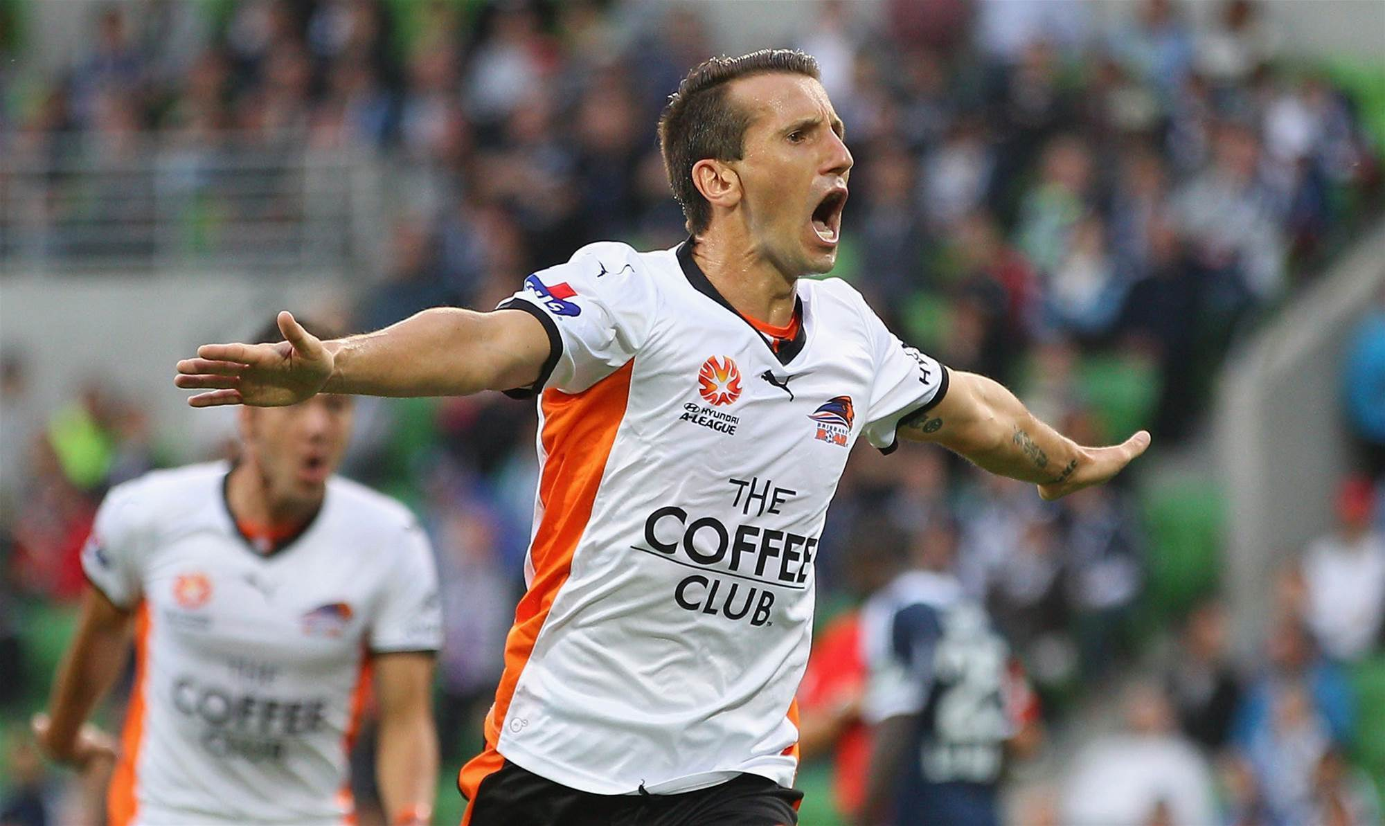 FFA: A moment's silence to honour Liam Miller