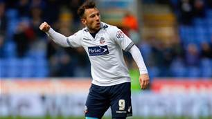 Sydney FC to sign English striker
