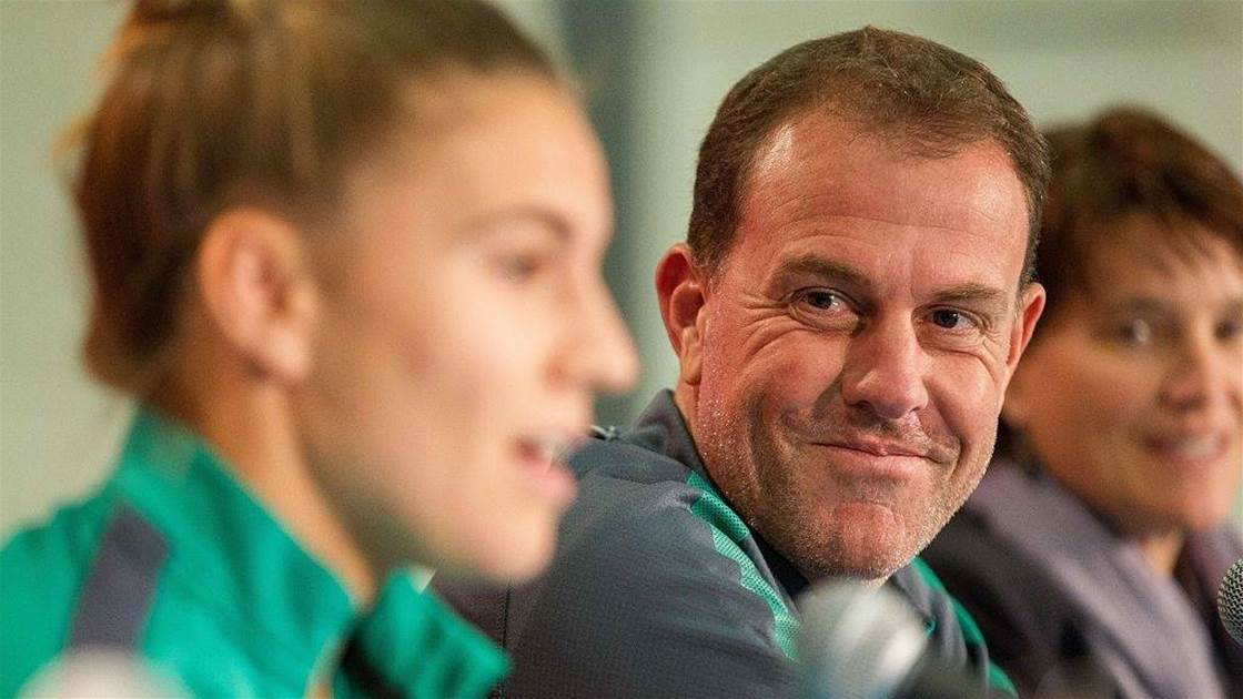 Stajcic treatment makes 'top coaches wary' of Matildas but 'political battle' is ongoing