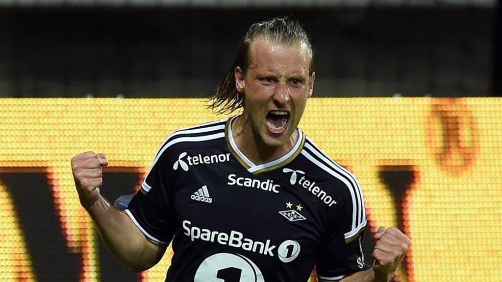 Roar sign Danish international winger