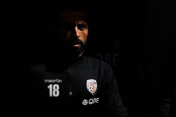 Ex-La Liga striker to play on till 38 in A-League with Glory