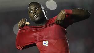 Newcastle Jets sign Panama striker