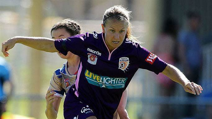 Perth Glory welcome back 'workaholic' midfielder