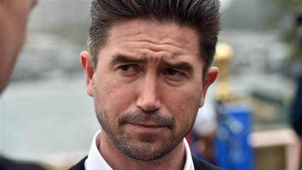 Kewell in the frame for Victory job
