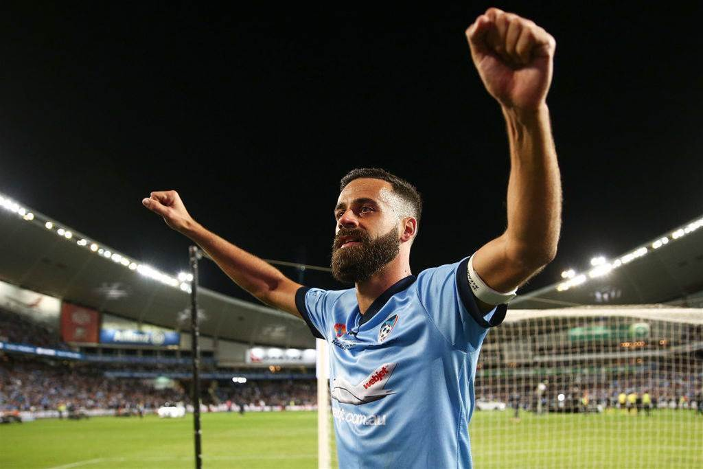 """I'm Sydney FC through and through"": Brosque stays in Sky Blue"
