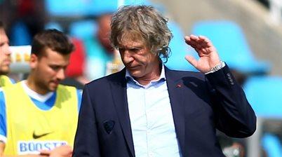 Adelaide United coach flying blind in FFA Cup