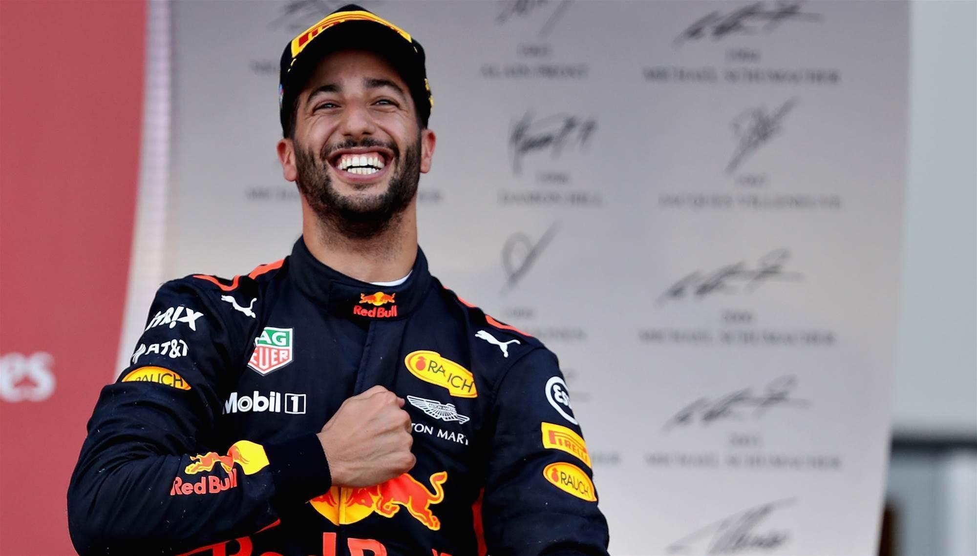 Gutsy Ricciardo overtake wins F1 'Pass of the Year'