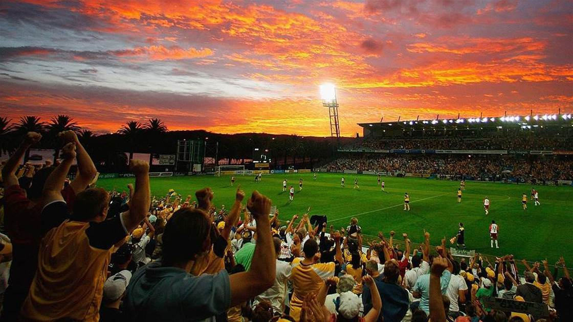 A-League's Mariners in 'crisis meetings' to prevent Gosford exit