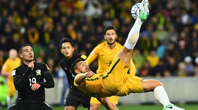 Injured Socceroo on track through 'tough times'