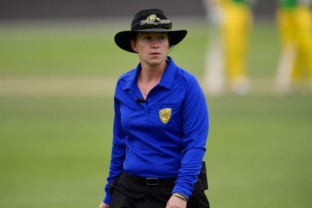 Umpire duo make WBBL history