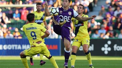 Olyroo pens new deal with Glory