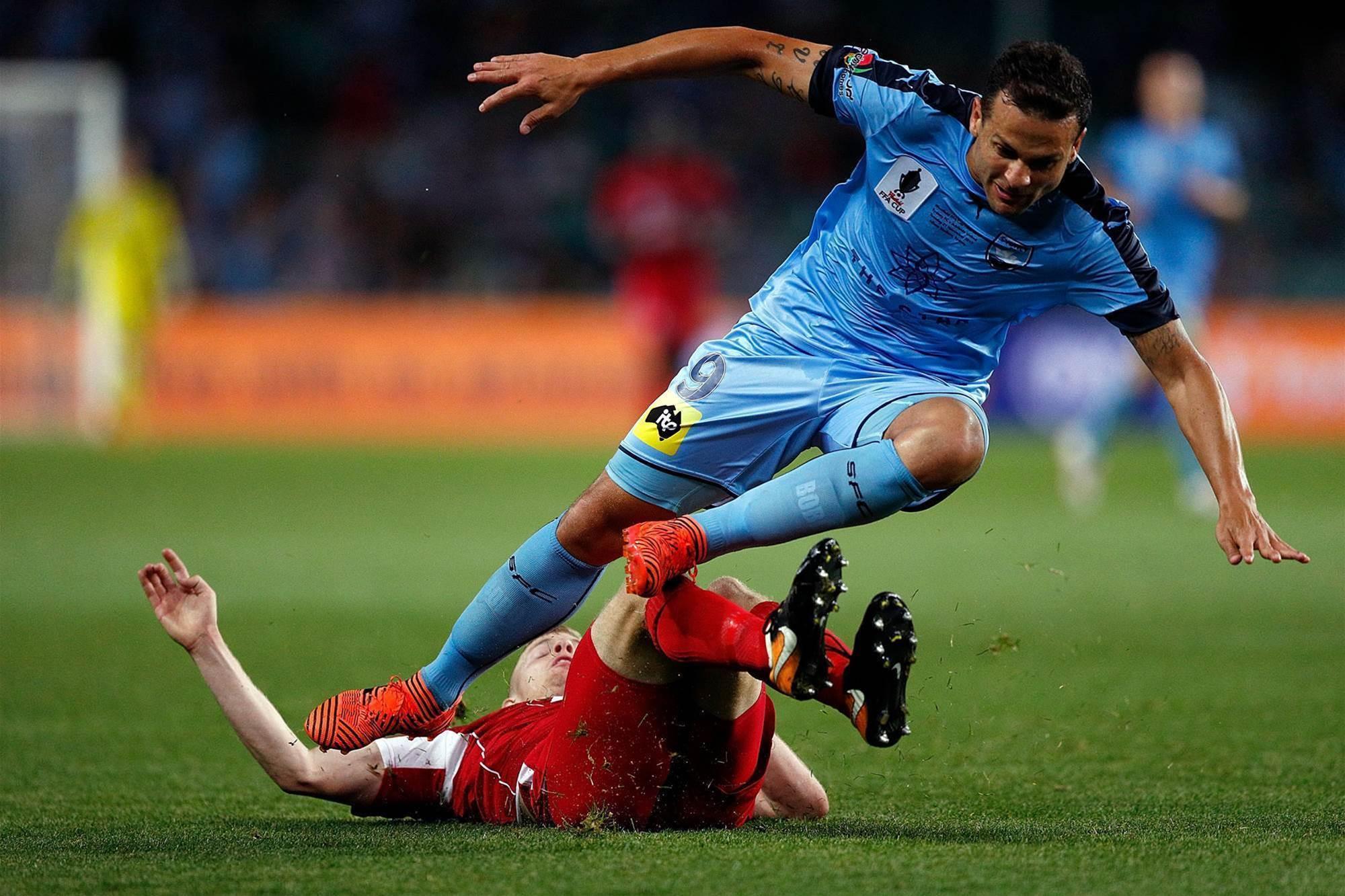 Bobo BOOM! Sydney lift FFA Cup