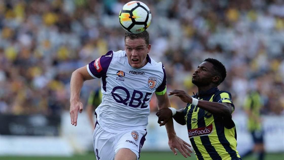 Lowry wants Socceroos shot