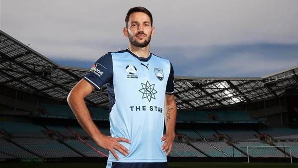 Arnold won't risk Ninkovic for derby