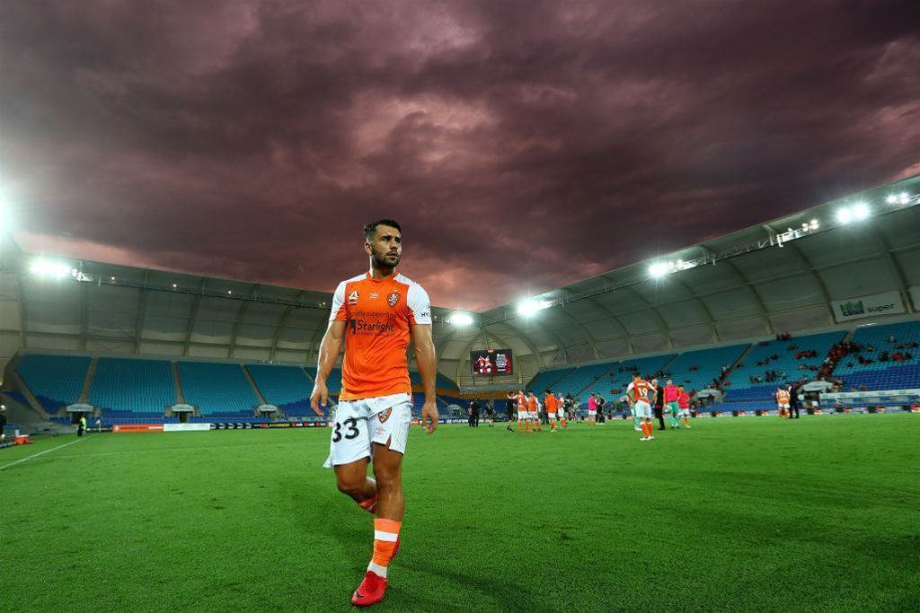 Skapetis leaves Brisbane Roar