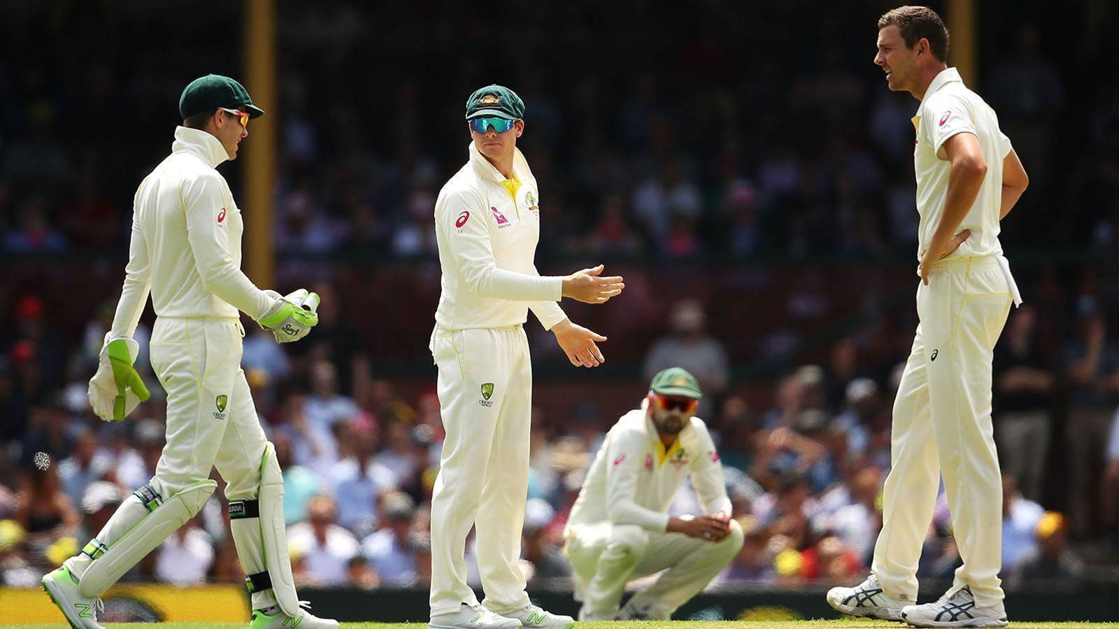 Australia Test team regroups after scandal