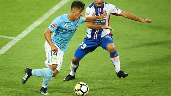Ninkovic: Arzani should be going nowhere