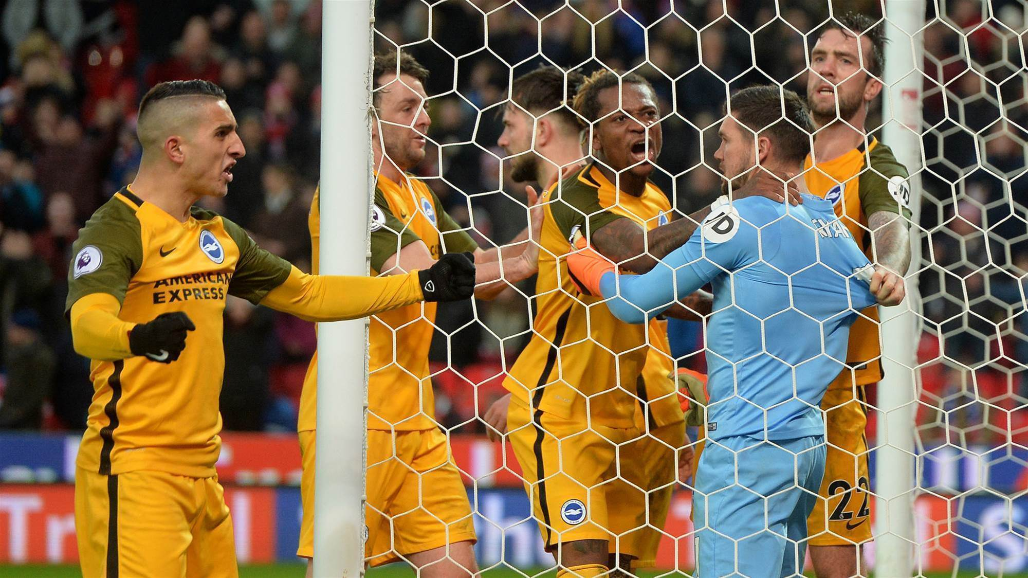 Ryan penalty save rescues point for Brighton