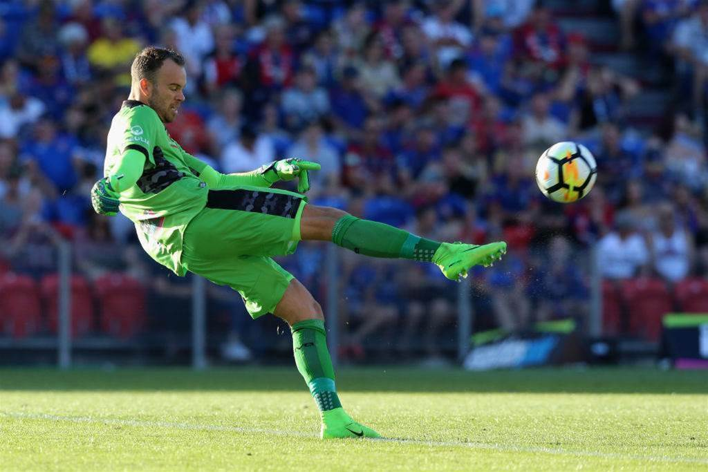 Duncan exits Newcastle Jets immediately for new club